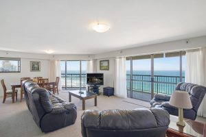 self contained Burleigh accommodation