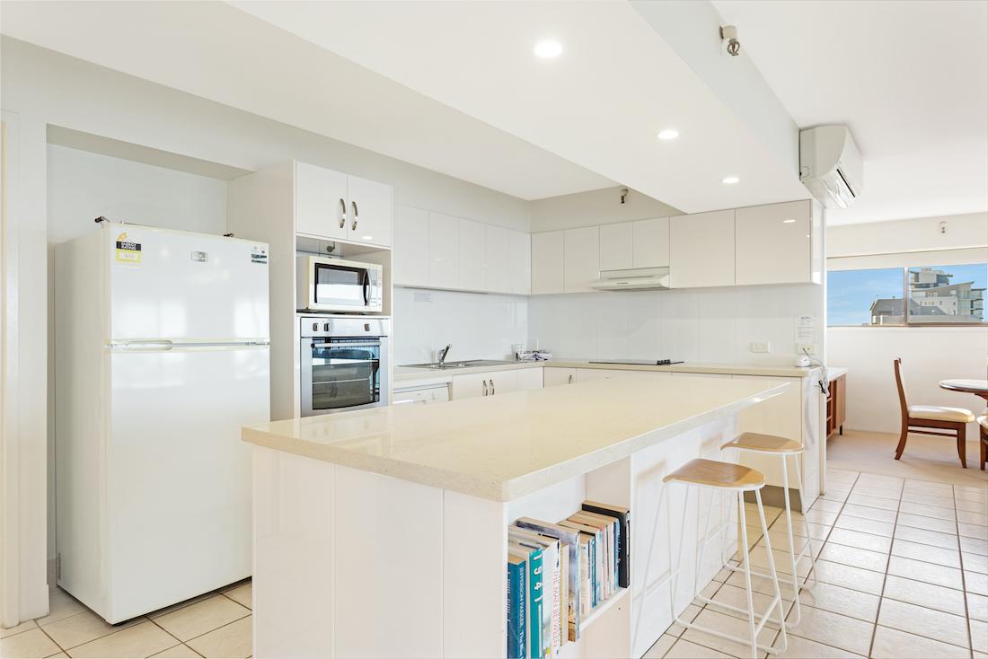 3 bedroom standard kitchen