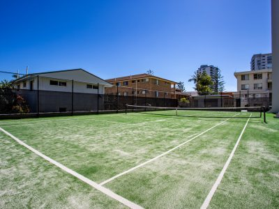 burleigh heads tennis court